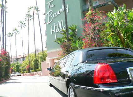 Tours of glamorous Berverly Hills Los Angeles County Limousine